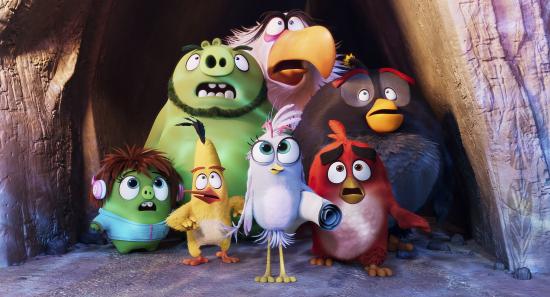 ensimmainen-valokuva-angry-birds-elokuva-2sta-kuvassa-vas.ylh.-leonard-mahti-kotka-ja-pommi-seka-vas.alh.-courtney-sakke-silver-ja-red.-kuva-c-sony-pictures-entertainment..jpg