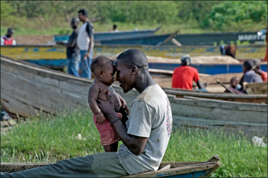 father_child_lakevictoria.jpg