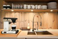 moccamaster_kitchen_horizontal_white.jpg