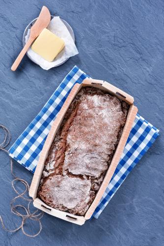 saga-ryebread-baking-form-5.jpg