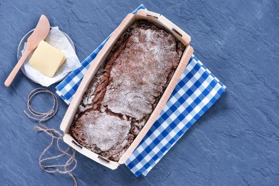 saga-ryebread-baking-form-6.jpg