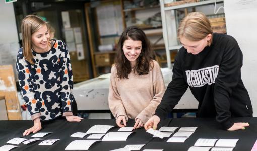 Serla juhlistaa satavuotiasta itsenäistä Suomea opiskelijoiden suunnittelemilla juhlakuoseilla