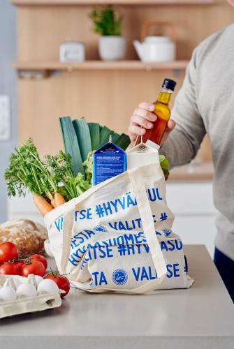 hyvaa_suomesta_kauppakassi_hires.jpg