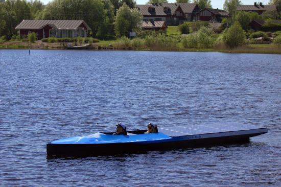 mamk-solarboat-1.jpg