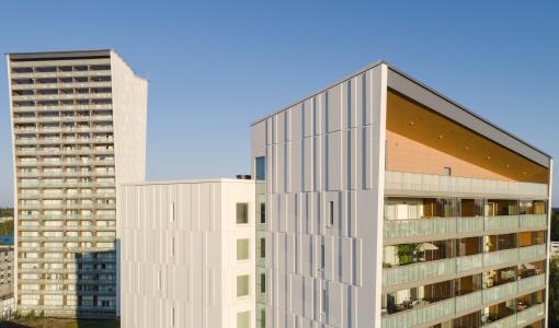Lumon Oy:n miljoonan euron investointi silkkipainokonelinjaan on valmistunut ja tuotanto aloitettu