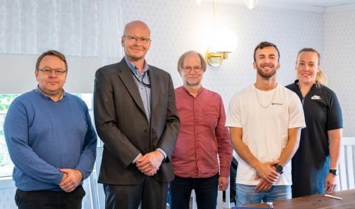 Suomen nyrkkeilyliitto ja Omnia solmivat yhteistyösopimuksen