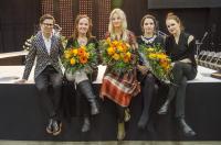 the-host-sami-sykko-with-the-award-winners-elina-mantyla-taito-finlandia-winner-terhi-polkki-and-artisan-of-the-year-karolina-talbonen.-photo-mona-rasanen.jpg
