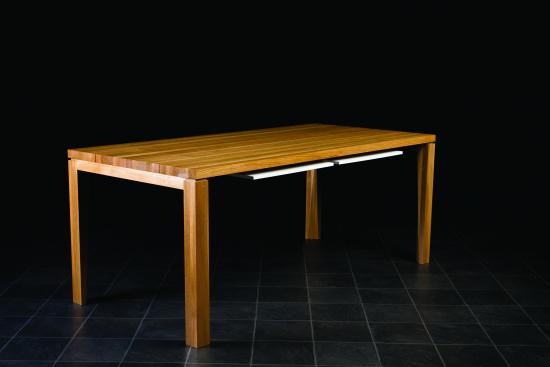003-ernest_table_kiinni.jpg