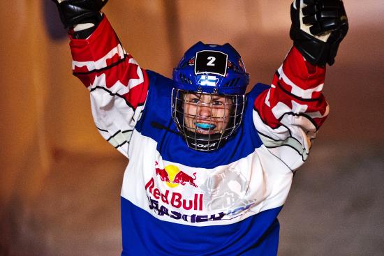 naisten-suomen-mestari-2013.jpg