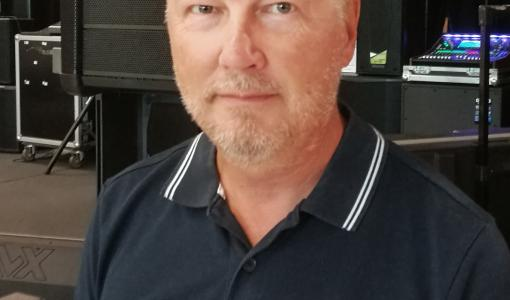 Veli-Heikki Auvinen F-Pro Esitystekniikan palvelukseen