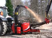 Farmi Forest Oy:n metsäperävaunuille ja hakkureille suomalaisesta valmistuksesta kertova Avainlippu