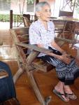 thaimaa_rouva-keeson-tutustumassa-vanhainkotiin_anne-rantanen.jpg