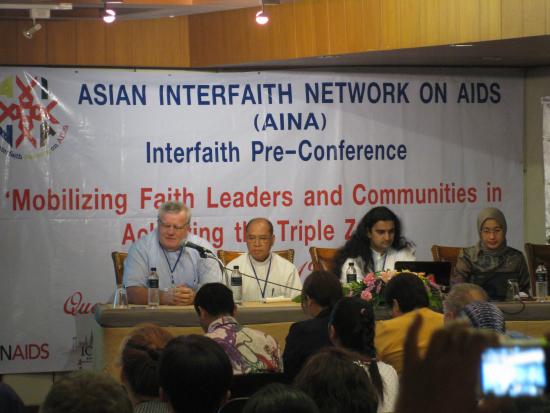 hiv-aids-konferenssi-osallistujia.jpg
