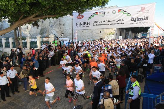 palestiina-maraton-lahto.jpg