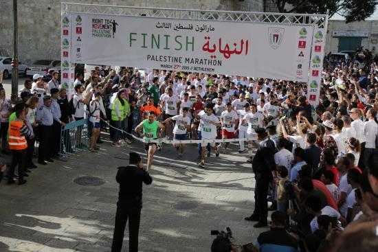 palestiinan-maraton-juostaan-betlehemin-kaupungissa_maria-palmusaari.jpg