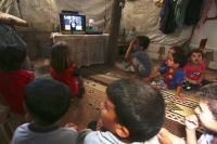 sat-7-lapset-katsomassa-my-school-ohjelmaa-2.jpg