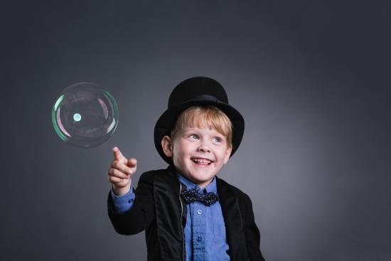 kuvassa-5-vuotias-autistinen-lenni.-kuvaaja-ilkka-vuorinen.jpg