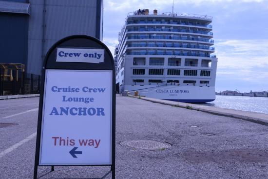 anchor2.jpg