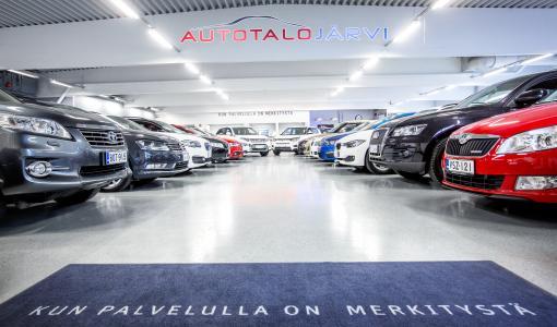 Autotalo Järvi laajentuu Kotkaan