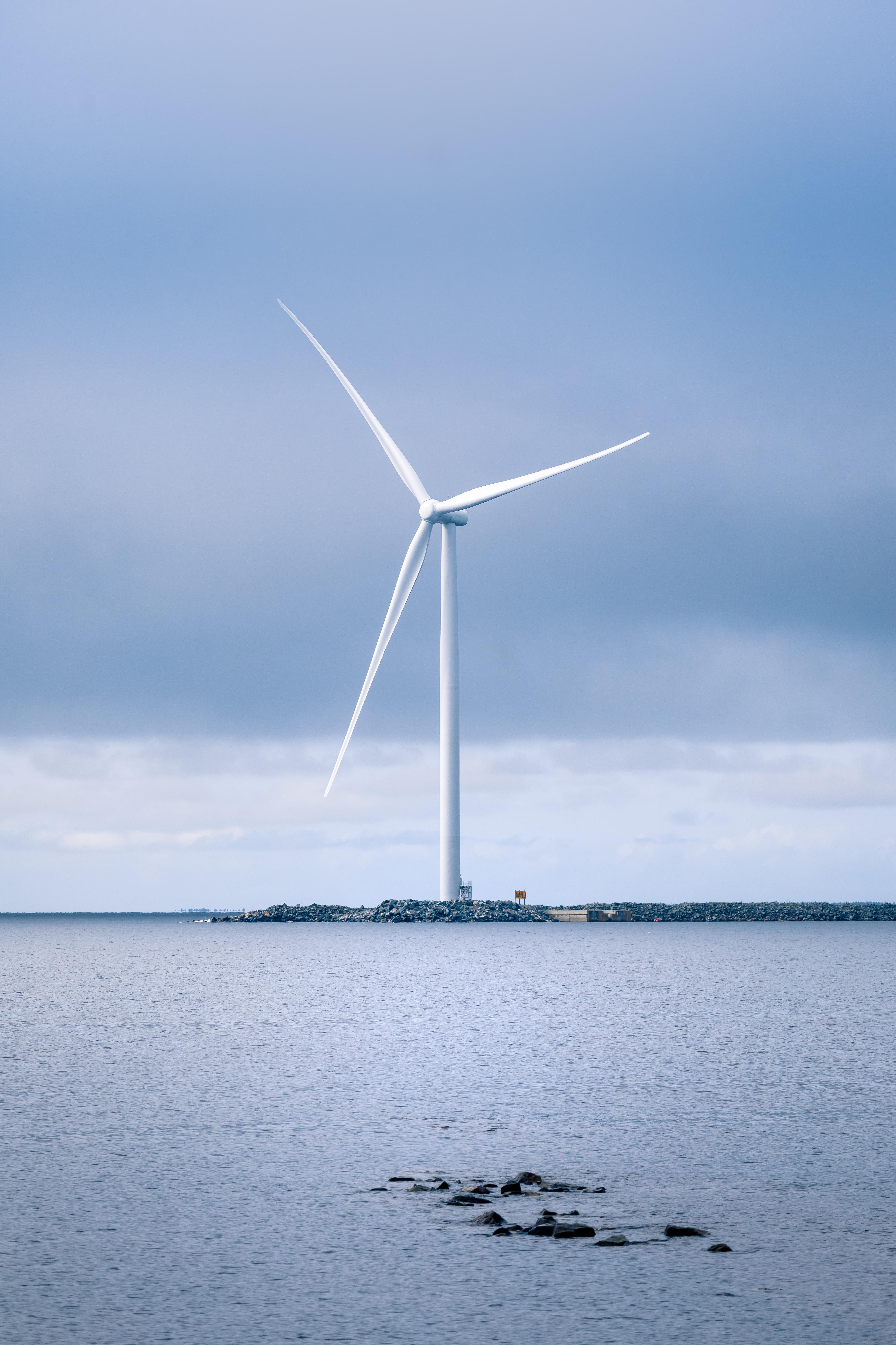 IKEA Suomi omistaa nyt oman tuulipuiston ja tuottaa uusiutuvaa energiaa vähintään oman ...