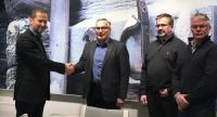 vt21_urakkasopimuksen-allekirjoitus_asfaltti_2016_12_05.jpg