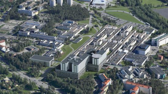 haivannekuva-oys-tulevaisuuden-sairaalasta.-b-rakennus-on-kuvassa-se-jonka-katolle-on-merkitty-helikopterin-laskeutumispaikka.-kuva-tulevaisuuden-sairaala-2030..jpg