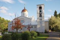 valamon-luostari_paakirkko_syksy.jpg