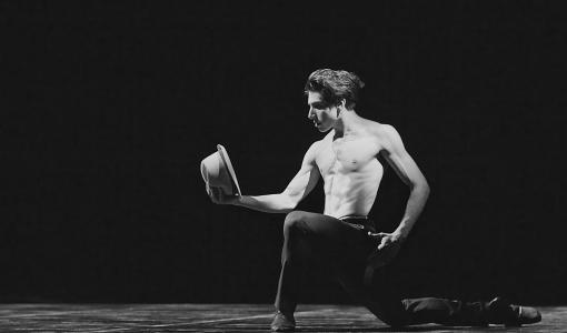 Englannin kansallisbaletin nuori supertähti Cesar Corrales saapuu esiintymään Tampereen Balettigaalaan