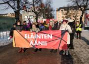 Helsingissä marssittiin lauantaina eläinten puolesta