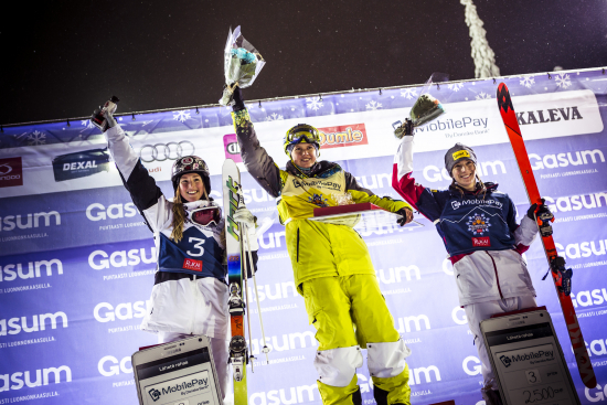 ladies_top3_fis-freestyleskiopening14-janikarppaphoto-9735.jpg
