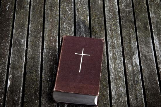 kirkkokansan-raamattupaiva-kansikuva-istockphoto.jpg