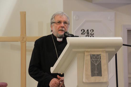 piispa_kuukaupin_vihkimyksesta_20_vuotta_tapani_kaitainen-1.jpg