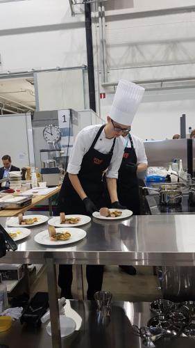 alex-hakanen-ravintolakokki-kultaa-kuvaaja-pia-tolonen.jpg