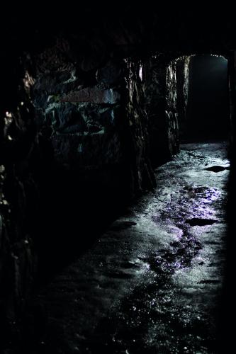 suomenlinna_tunnelissa.jpg