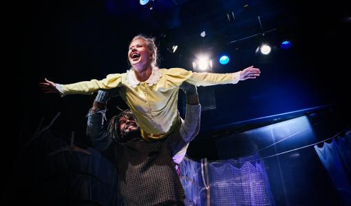 Pessi ja Illusia avaavat Rovaniemen teatterikauden