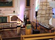 Lähetyksen kesäpäivillä siunattiin neljä uutta lähetystyöntekijää