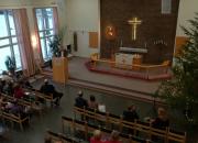 Syksyn lähetyskurssin päätösjuhlaa vietettiin Raamattuopistolla