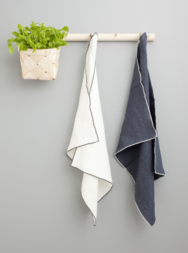 verso-design-leija-kitchen-towels-white-and-grey-3610x4855.jpg