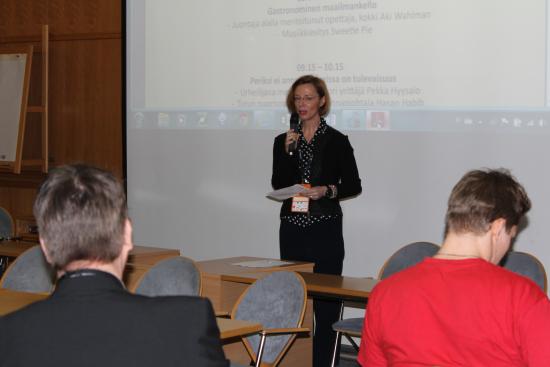 aikuiskoulutuksen-seminaari-ja-tuija-laukkanen.jpg