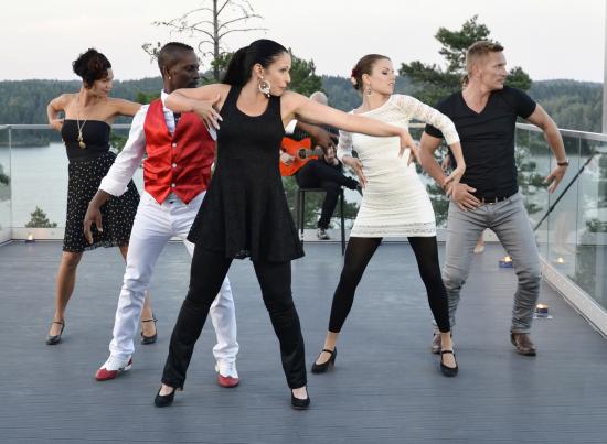 dance_rumbita_riku_virolainen_1.jpg