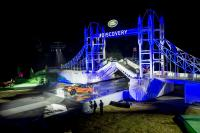 land-rover-reveals-the-new-discovery-alongside-world-record-breaking-lego-structure-of-londons-tower-bridge-at-global-unveiling-at-packington-hall-solihull-uk-.jpg