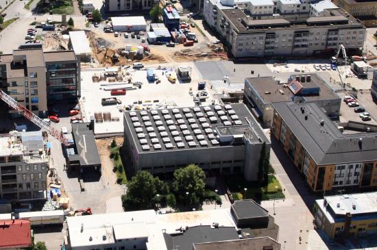 kirjasto-kuvaaja-raimo-suomela-kesa2014.jpg