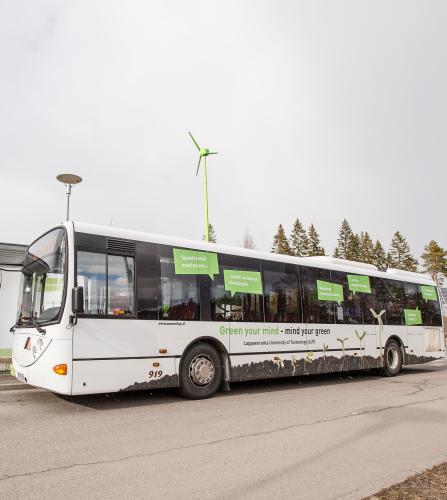 linja-auto_kuva-mikko-nikkinen.jpg