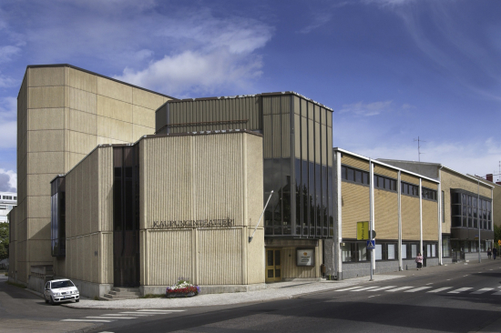 teatterirakennus-valtakatu-56.jpg