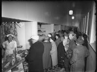 kuva-1_lappeenrannan-kauppahalli-1.10.1956-kuva-kuvapaja-lappeenrannan-museot-finna-arkisto.jpg