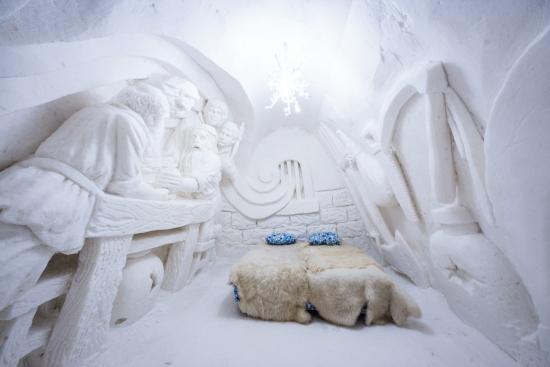 snowhotel-in-kemi-superior-room.jpg