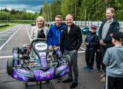 Valtteri Bottas luovutti nimeään kantavan junior kart -auton tulevaisuuden huipuille