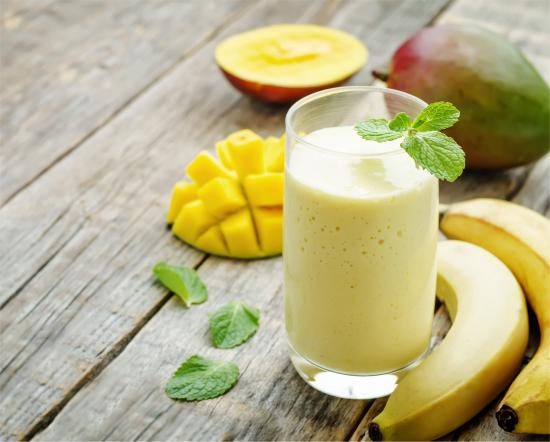 kokor-banaani-mango-smoothie_kuvituskuva1.jpg