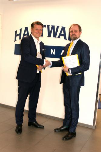 hartwall-arenan-toimitusjohtaja-kimmo-kivisilta-ja-sol-palveluiden-toimitusjohtaja-juhapkka-joronen.jpg