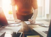 Adobe: Paperityöt haukkaavat päivän suomalaisten työviikosta